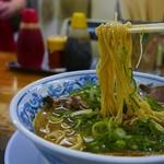 大豊ラーメン - 麺リフト