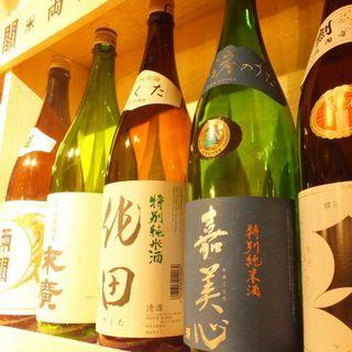 酒屋が選ぶ日本全国・日本酒。お好みの銘柄をお探しくださいね!