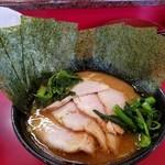 杉田家 千葉店 - チャーシュー麺(並) のり、青菜増し