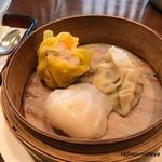 中華旬彩料理 東方紅 - Bランチの点心