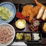 Tonkatsuhamakatsu - 浜勝スペシャル定食(1825円)