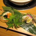 62970367 - 蟹の茶碗蒸し、鱧と松茸の銀餡かけ