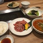 焼肉・韓国料理 ソウル家 -