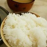 江坂クロケッツ - 飯と味噌汁アップ!
