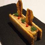 ゴーシェ - 87コース 9200円 のフォアグラのテリーヌと無花果のムースのパイ生地サンド