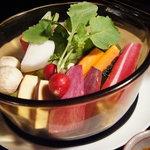 """テイストシックス - 冬野菜のヴァプール!ヴァプールとは""""蒸す""""って意味♪お客様の目の前で蒸しあげます☆"""