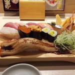 江戸前 びっくり寿司 - 牡丹3,132円