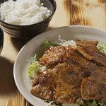 ミルキーウェイ - 定食で豚ロース肉のBタイプです