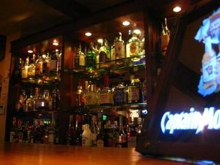 KARON - お酒も種類豊富に揃えてあります!