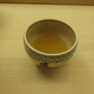 鮨 生粋 - 料理写真:ふぐのお吸い物