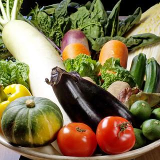 お肉と一緒にお野菜も食べ放題です!!