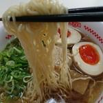 甚五郎らーめん - 麺  リフト