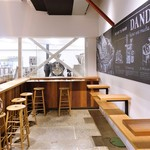ダンデライオン・チョコレート ファクトリー&カフェ蔵前 - 店内 1階