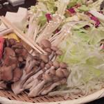 豚しゃぶ 金豚 - 野菜もたっぷり