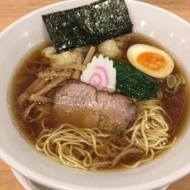 喜粋 - 醤油わんたん麺(900円)