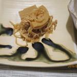九兵衛旅館 - 孟宗竹と糸コンニャクのピリ辛煮