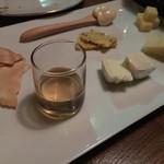 ユメキチワイン - チーズの盛合せ