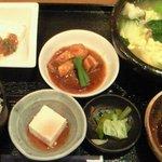 6301113 - 季節野菜のスープ水餃子 1000円