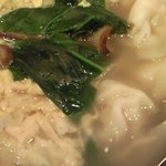 6301155 - 季節野菜のスープ水餃子 1000円