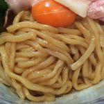 中華そば 四つ葉 - トップランの玉子と麺