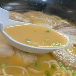かほラーメン  - 甘め醤油味が九州っぽくていいですね。