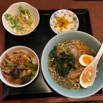 63012665 - 【肉丼+ラーメン…750円】2017/2