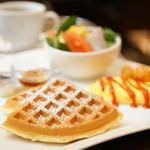 カフェ・アルコ スタツィオーネ - モーニングセット (¥650)