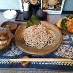 Teuchisobaakari - 鴨せいろ蕎麦+天ぷらのセット。