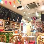 サクラカフェ神保町 - カフェ店内
