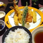 うなぎ屋たむろ多真 - 天ぷら定食1580円