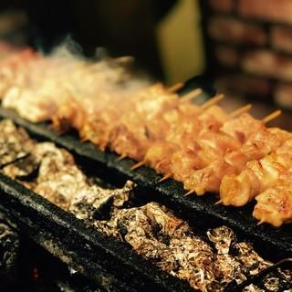 ずるいほど香ばしく良い匂い…老舗の焼鳥は本当に旨い!