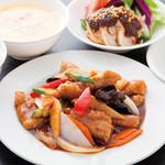 中国料理 天安門 - 黒酢酢豚定食