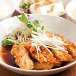 中国料理 天安門 - 鶏肉の唐揚げ甘酢ソース定食