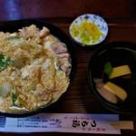 つち福 - 親子丼 880円