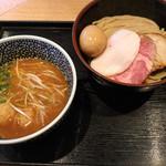 特製濃厚魚介つけ麺(1080円)