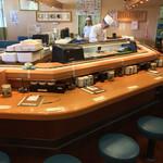 市場ずし 魚辰 - 市場ずし 魚辰(福岡県福岡市中央区長浜・市場会館1F)店内