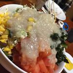 まんぷく処たぬき - 誕生日サービスで頂いた山盛りサラダ