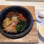 金金醤 - 料理写真:石焼きビビンバ❤︎