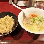 63059191 - 「(大盛り)焼き飯付き塩ラーメンセット」(750円込)(2017年2月)