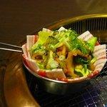焼肉厨房 わきもと - 黒豚キムチ