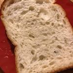 パン工房 七人姉妹 - 食パン