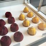 Yauatcha - お花ケーキ可愛い