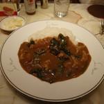 サンマルコ - 美味しいイベリコ豚とほうれん草カレー