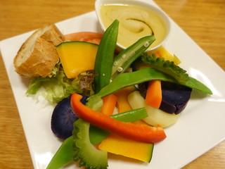キッチンイナバ - 島野菜のバーニャカウダ