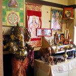 サンサール - 仏壇です 朝一にお店に伺うとお香が焚かれていて…