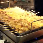 七津屋 - どて焼きの鍋。
