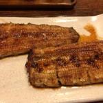 63079818 - 鰻は大きく、ご飯が足りん
