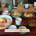 和楽 - 料理写真:レディース海鮮ランチ
