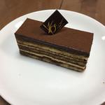 フランス菓子16区 - オペラ