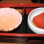 631403 - トマト寄せと生くらげポン酢
